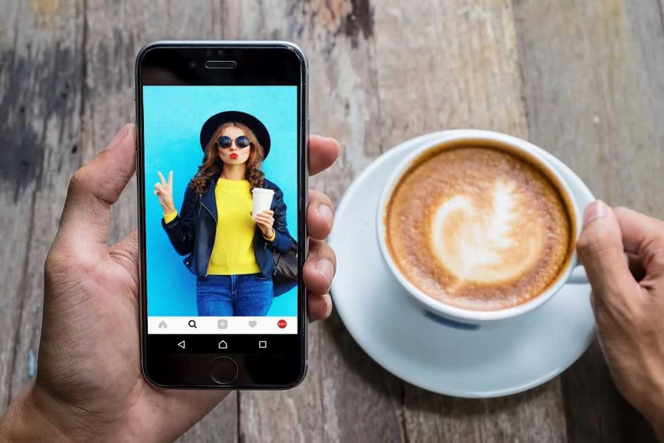 Facebook Canvas, Facebook Canvas ads, Instagram Canvas ad, social media platform updates, social media marketing news.